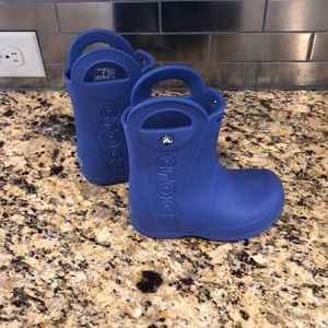 Excellent used condition CROC boots